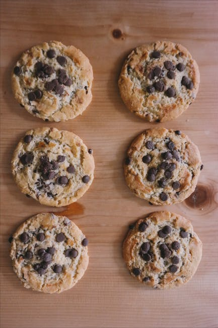 Paleo Peanut Butter Chocolate Chip Cookies